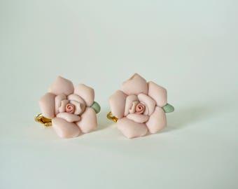 ROSE BUD EARRINGS  - 1950s Vintage Pink Rose Clip on Earring Set