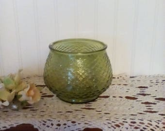 vintage avocado green fishscale
