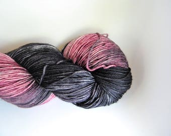 Cara Mia 4 ply sock yarn