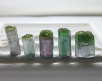 29 carats terminated bi color tourmaline crystals best for jewllery work