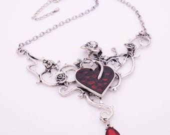 Heart and Roses Victorian Blood Necklace