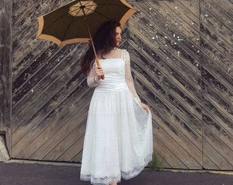 True vintage wedding dress
