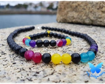 Set with agates with colored stones