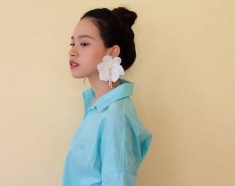 Big gardinia white earring