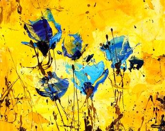 Pavel Guzenko - Blue bouquet on a yellow background