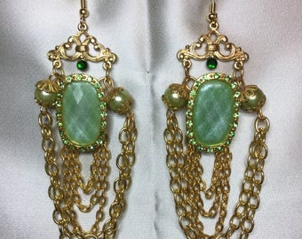 Emerald Eyes Earrings