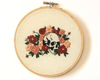 """Skull and Roses Hand Embroidered 7"""" Hoop"""