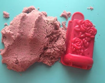 Under The Sea Pink Kinetic Sand Plus Mold