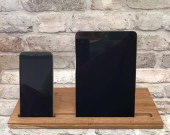 Solid Oak iPhone and iPad Stand