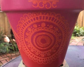 SMALL red/pink ombre henna pot