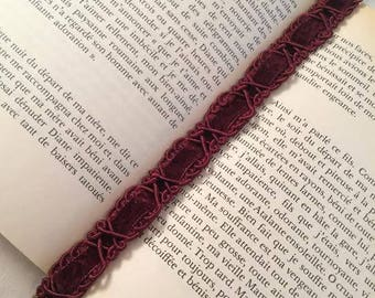 "Bookmark - book jewelry Burgundy ""Vecchio"""