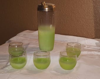 Mid-Century Lime Green Blendo Cocktail Shaker and 5 Roly Poly glasses