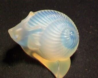 Lalique Custard Satin Snail