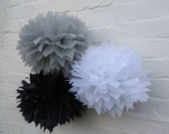 Pack of 20 pom poms / rustic wedding decorations / party decorations / birthdays / home decorations / marquee decorations / black tie dinner