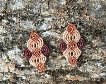 Macrame earrings.Handmade earrings.Gift for women.Boho jewelry.Crimson earrings.Ethnic jewelry.Gift for her.Gypsie jewelry.Boho earrings.