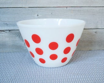 FIRE KING Polka Dot, Red Dots, Mixing Bowls, White, Splash Proof, Milk Glass, Anchor Hocking, Vintage, 1940s Kitchen, Shabby Chic, Bakeware