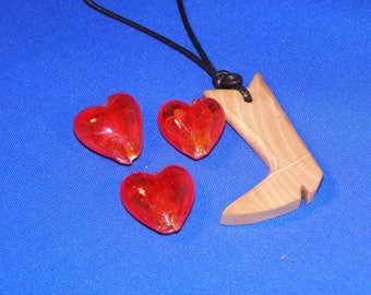 1 Pearl Heart red glass 20 x 20 mm