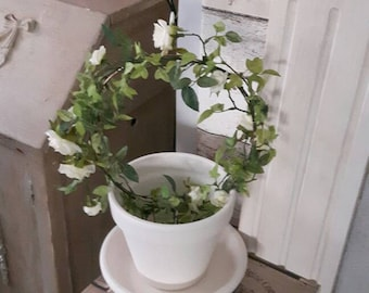 Topiary flower pot