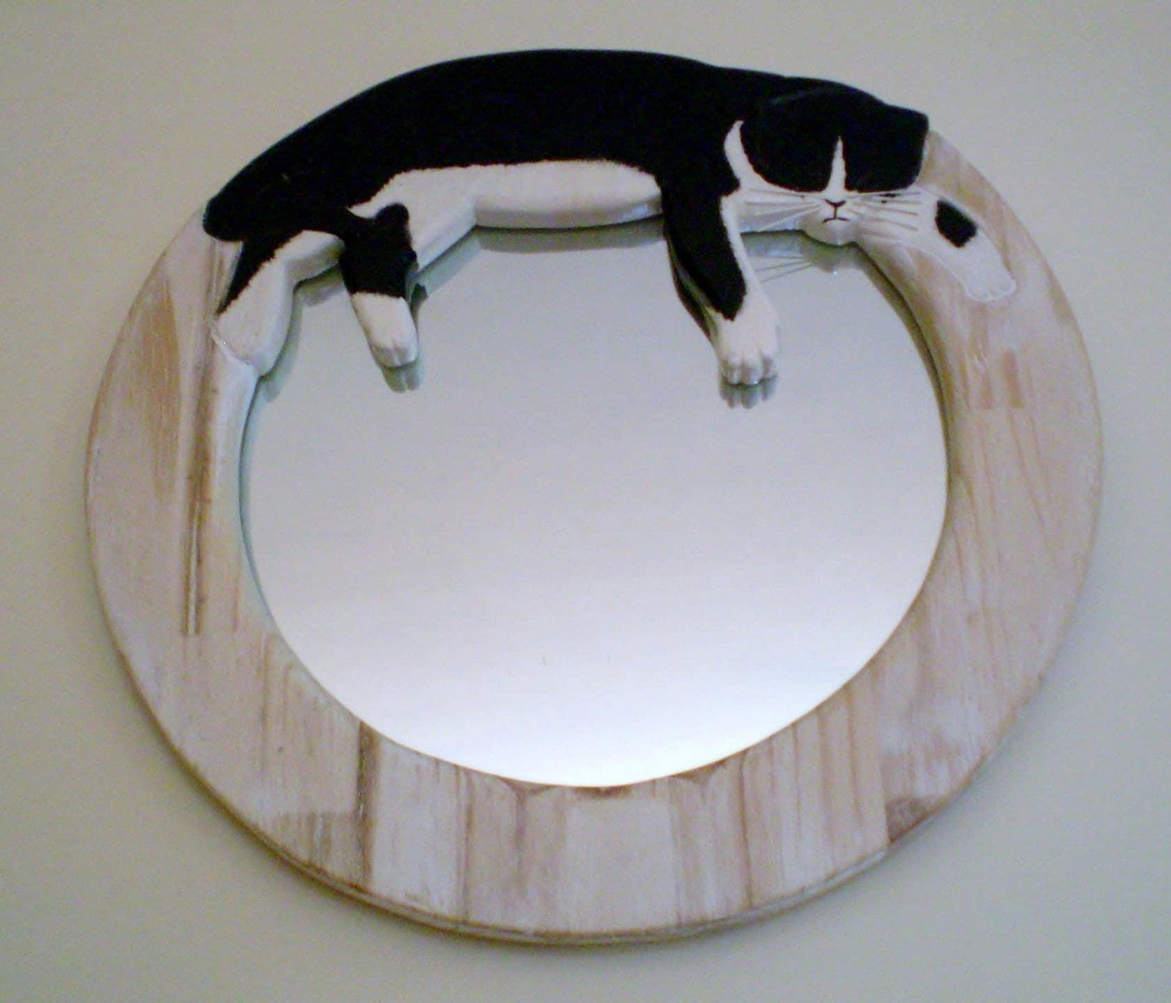 Miroir en bois d coup grav d 39 un chat et peint la - Miroir a la decoupe ...
