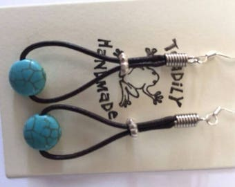Boho brown leather and turquoise earrings, turquoise earrings, leather earrings