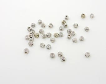 Silver metal, 4 mm cube bead
