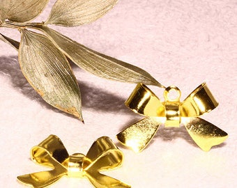 20 knots Butterfly brass gold 15 x 10, 5mm