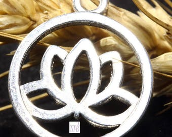 10 24mm silver plated lotus flower charms