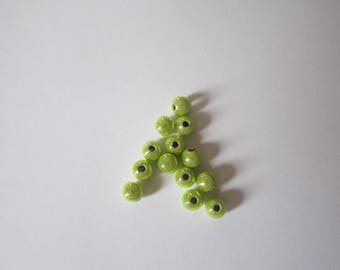 12 lime green magic beads 4mm