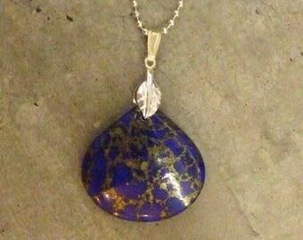 Lapis lazuli stone pendant necklace