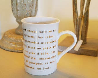 Customizable mug Cup literature - porcelain handpainted in gold text
