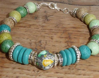 African Green bracelet with ceramic and coconut