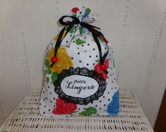 """Small lingerie bag embroidered """"roses"""" large model"""