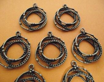 Set of 2 charms, antique bronze color.  2.8 cm x 2.4 cm.