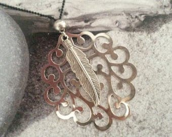 Silver charm necklace and its silver feather