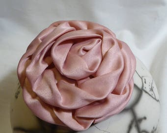 Romantic, sweet and delicate powder pink satin flower brooch