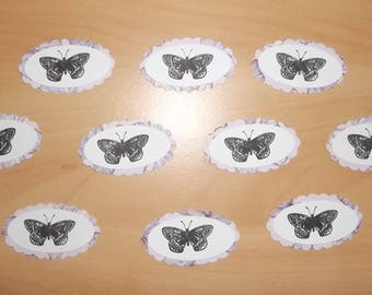 cuts 10 tags for your scrapbooking creations.