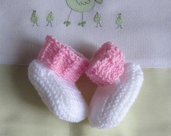 """""""White and pink"""" baby booties size newborn handmade knit"""