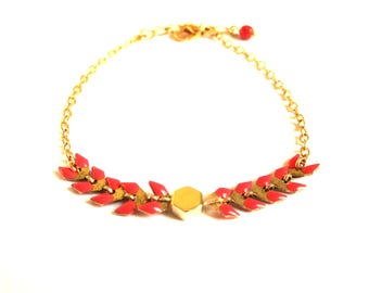Red Spike and gold Hexagon bead chain bracelet