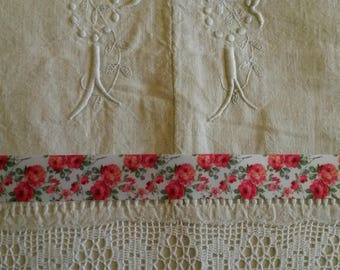 shabby chic 25 mm satin ribbon 1 metre / old pink pattern