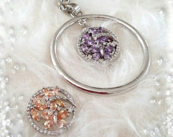 Original pendant necklace