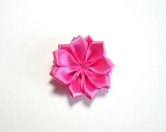 Color medium pink satin fabric flower