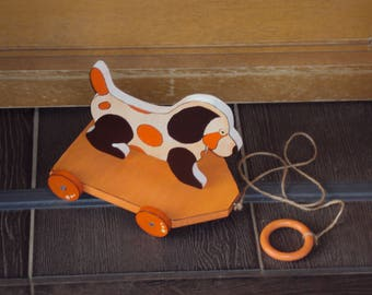"""Wooden pull toy """"dog model"""""""