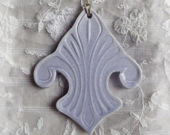 Ceramic hanging, lavender, Lily