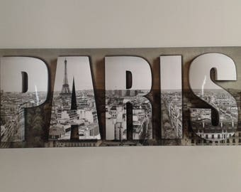 "Canvas 3d ""Paris"" on medium"