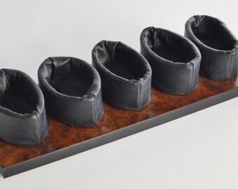 Laying Pipe-Mastro De Paja