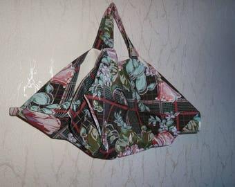Bag has pie flowers pattern cotton fabric