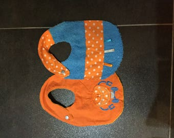 Set of two baby bibs