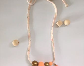 Petite necklace. Wood beads, hand paint with acrylic paint. For girls under 3 yrs and mommy's.