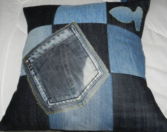 "Pillow cover ""recupartion of Jean"" wrap."