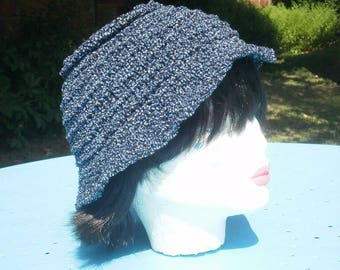 """""""Cloche"""" hat form wool and cotton blue/black/gold"""